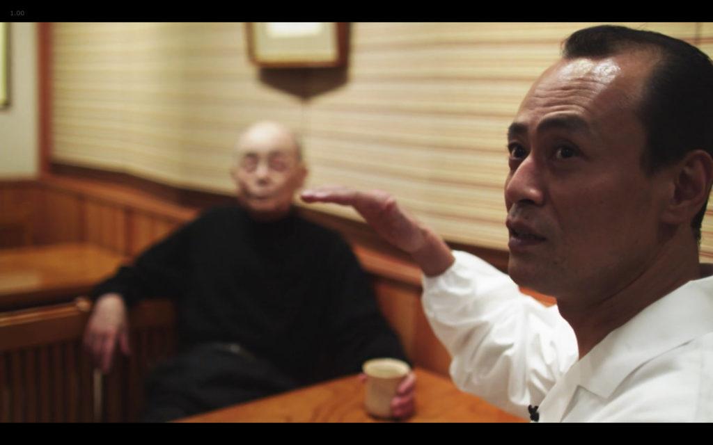 Cena de Jiro Dreams of Sushi: Takashi fala sobre a filial Roppongi