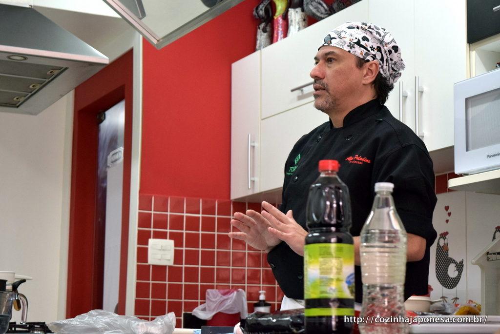 Professor Aldo Paladino - Curso de Sushi Presencial no Rio de Janeiro